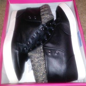 Shoedazzle hightops